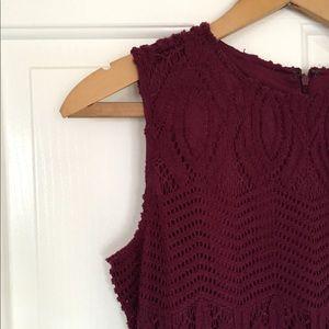 Dresses & Skirts - NWT maroon dress